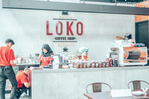 Loko Cafe Bandung